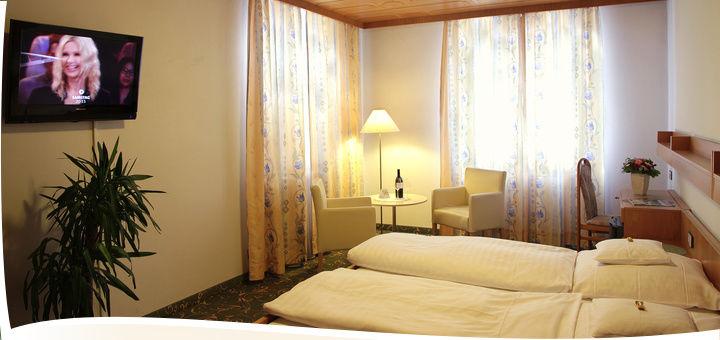 Zimmer   Hotel Zur Post In Lam Bayern Bayerischer Wald Gästezimmer  Ferienwohnungen Suite Appartements Hotel Urlaub